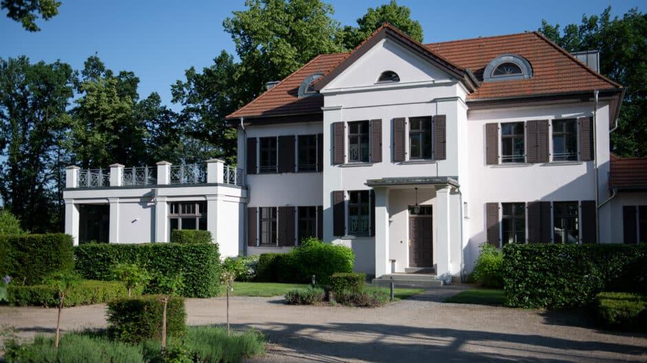 herrenhaus-roeddelin