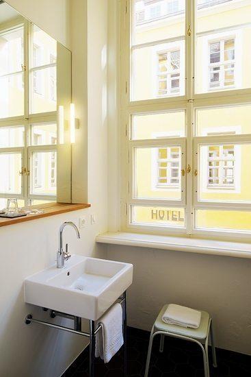 hotel fregehaus urlaubsarchitektur holidayarchitecture. Black Bedroom Furniture Sets. Home Design Ideas