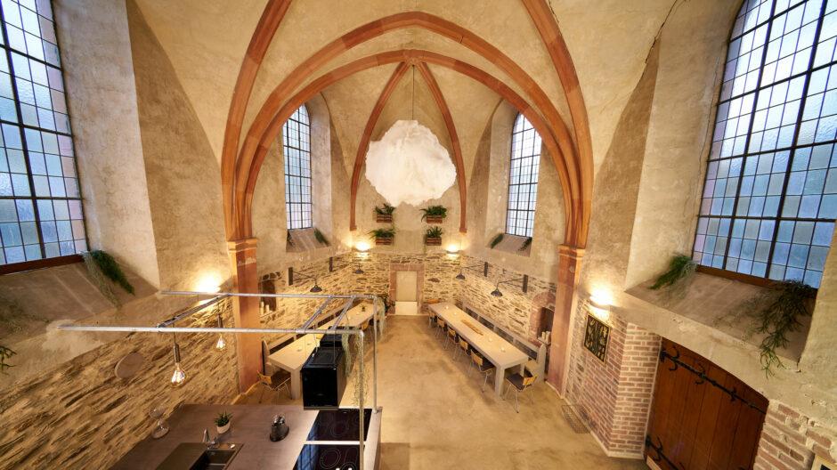 Bleibe in der alten Kirche