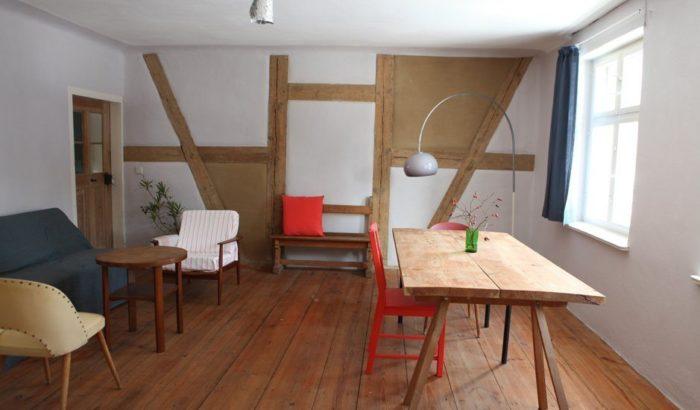 URLAUBSARCHITEKTUR_Das blaue Pferd_living room 2