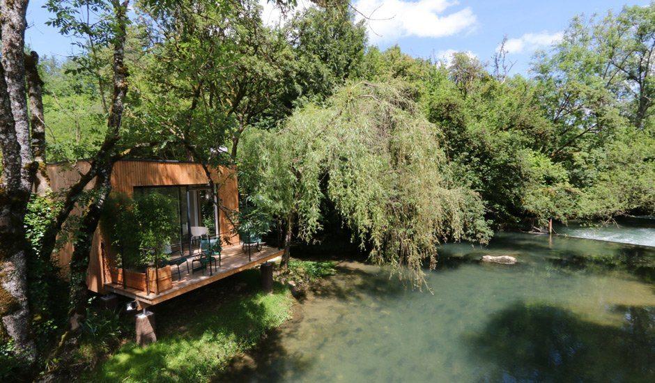 Pont Roche: Le Cabanne am Fluss